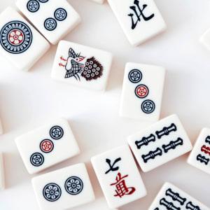 Alkuperäiset mahjongisarjat: Maku pelin rikkaasta historiasta
